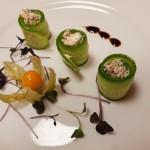 sledzik walentynki sałatka zwedzonego lososia restauracja trzy swiaty gliwice